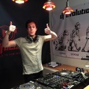 dj course during summer in holland